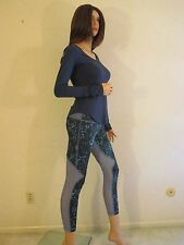 NWT LULULEMON Blue RUNNING IN THE CITY 7/8 Tight Running Yoga Pants~10~SOLD OUT