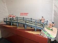 BRITAINS 17213 BATTLE OF CONCORD BRIDGE METAL TOY SOLDIER FIGURE DIORAMA SET