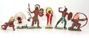 BRITAINS HERALD TOYS - 6 NORTH AMERICAN INDIAN BRAVES - 1960