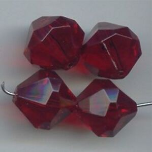 18 VINTAGE RUBY ACRYLIC 15X15mm. MULTI FACETED ROUND BEADS 6475