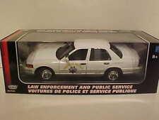 2001 Ford Crown Victoria CA Highway Patrol Squad Car Die-cast 1:18 White 10 inch