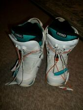 Nitro Crown Snowboarding Women's Boots, White, size Us 5.5, Gently Used
