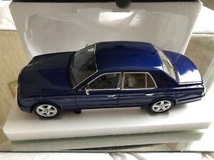 1/18 Minichamps Bentley Arnage T 2008 bleu Ref 100139400