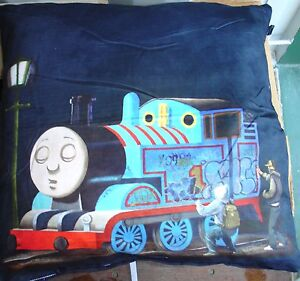 "Banksy Grafitti Thomas Print 24""x24"" cushion cover Faux Suede Hand washable"