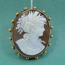 Victorian Sardonyx Shell Cameo brooch Goddess Ceres / Demeter 5 cm 18 ct mount