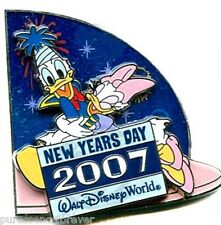 WDW New Year's Day 2007: Donald & Daisy LE 7500 Pin