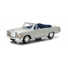 Greenlight 86461 Mercedes Benz 280 SE Cabrio 1969 - The Hangover 1:43 NEU! °