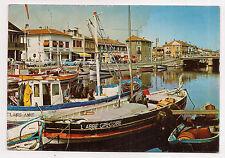 palavas-le-flots  , le canal et les bateaux de pêche