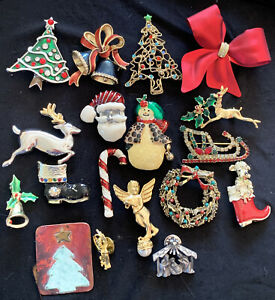 vintage lot of 18 christmas santa angel tree bells pin brooch