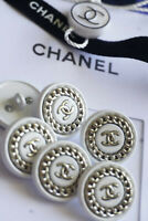 Authentic Chanel Buttons 6 pieces white silver 💋 logo cc