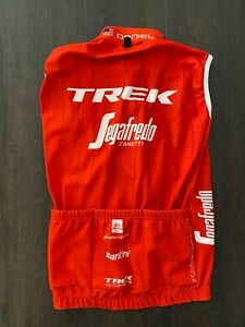 Trek Segafredo Vest Gilet Ride Issued XS Red Thermal Tour de France Madone
