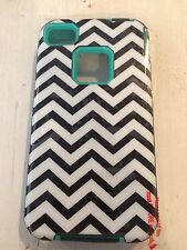iPhone durable & chic Black/White Chevron with Aqua trim iphone 4/4s case