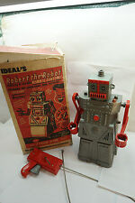 VINTAGE TOY ROBOT ROBERT THE MECHANICAL MAN IDEAL ORIGINAL BOX REMOTE 4049 1960s