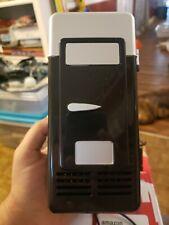 R8W3 USB Mini Fridge Beverage Can Cooler/Warmer