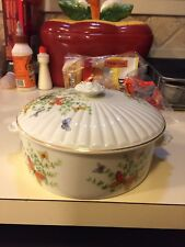 ECSTASY SHAFFORD ROUND COVERED CASSEROLE DISH VEGETABLE BUTTERFLIES GOLD TRIM