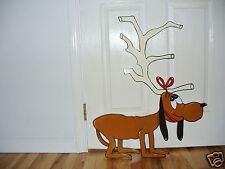 HAND MADE, MAX THE GRINCH DOG CHRISTMAS YARD ART DECORATION 30'' X 24''