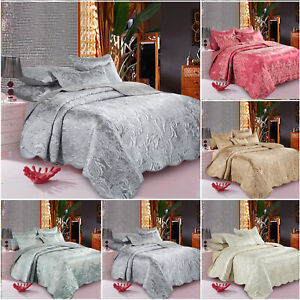 3 Piece Luxury Bedspread Quilted Jacquard Bedding Set For Living Room Bedroom