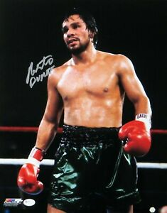 Roberto Duran Signed Autographed 11X14 Photo Boxer Vintage Standing in Ring OA