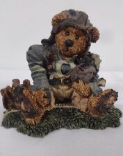 Byod Bear figurine  Knute & The Gridiror  # 2245 1994  IOBox football clean
