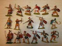 1. Konvolut 17 alte Elastolin Kunststoff Figuren Römer zu 4cm