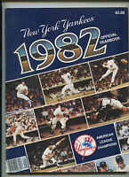 New York Yankees 1982 Official Yearbook   MBX21