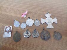 Lot de 11 ancienne médaille religieuse + 1 photo curé d'Ars - Lot 13