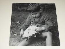 [JULIETTE LASSERRE Ziegert] TIRAGE ARGENTIQUE EPOQUE- ENFANT TOURNESOL 1948 ADEP