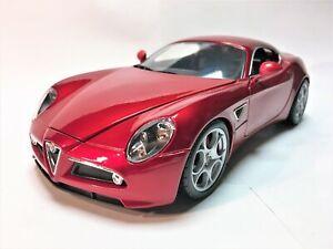 1:18 Alfa Romeo 8C Coupe Competizione (Red) 2004 - Burago BU12077R - No Box