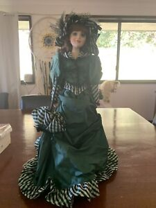 Colleen Of County Cork Musical Doll. Franklin Mint Heirloom Doll