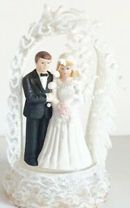 VINTAGE WEDDING CAKE TOPPER ELABORATE BEAUTIFUL 1990