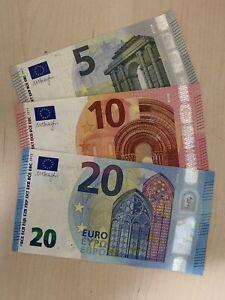 50 85€ Euro euros Total 10 4 Bills 5€ Euro Banknotes Dt 20 Cir Notes