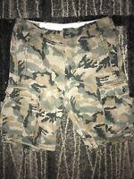 Levi's Cargo Shorts Green Camo Camouflage Mens 32 C17