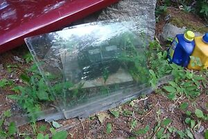 1980-87 OLDSMOBILE CUTLASS 4DOOR SEDAN  DOOR GLASS