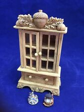 Charming Tails Curio Cabinet Display With Two Mini Figurines By Dean Griff