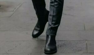 ALDO black soft leather zipper  ankle boots men's 8