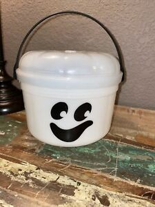 Vintage McDonalds Halloween Bucket Glow in the Dark Ghost Candy Pail 1986