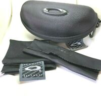New Oakley black Sunglasses Case w/ Cleaning Cloth, Dust bag