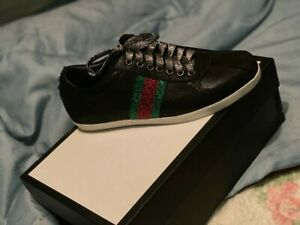 Gucci women shoes size 7 worn twice however, in wonderful condition see pictures