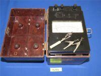 Antikes russisches Meßgerät 1976 DDR Ohm U/min Volt in Bakelit Koffer M4100/4