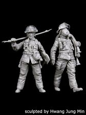 Black Dog 1/35 Firemen Set No.2 Firefighters in Apparel & Gear (2 Figs.) F35152