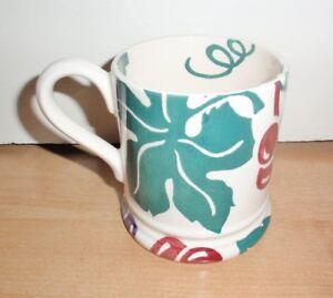 NEW Emma Bridgewater vines and red grapes 1/2 pint tea coffee cup mug