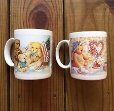 Vintage Leanin' Tree Donna Richardson bear art 'US flag' 10 oz two piece mug set