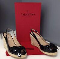 VALENTINO GARAVANI Black Patent Leather Peep Toe Slingback Bow Wedge Sz 39 B3677