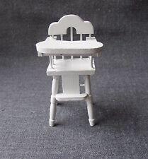 VINTAGE 80'S WHITE WOODEN MINIATURE BABY HIGH CHAIR FOR DOLLS