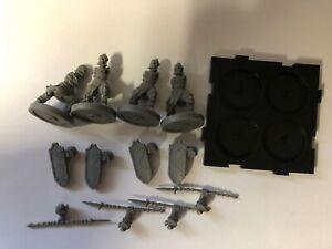 Assermenté Spearmen A - Runewars Miniatures - Fantasy Vol