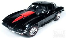 1967 Corvette Tuxedo Black w/ Red Stinger 1:18 Auto World 1004