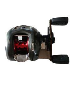 Abu Garcia Black Max Right Hand Baitcast Fishing Reel - Lightly Used Cleaned