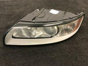 08-11 Volvo S40 V50 Left Halogen Headlight Assembly 31265706