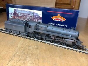Bachmann 32-507 BR L/Crest 4-6-0 Standard Class 5MT 73050 Factory weathered