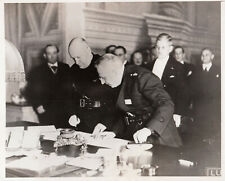 MUSSOLINI SIGNS DANUBIAN PACT WITH AUSTRIA & HUNGARY - 1936